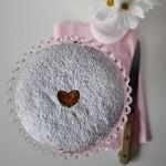 Torta al grano saraceno e marmellata di lamponi