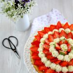 Torta alle fragole, crema mascarpone e lime e buon compleanno That's Amore!