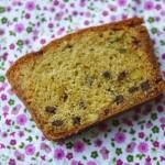 Plum cake al pompelmo, olio d'oliva e pistacchi