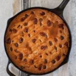 Skillet cake – torta in padella al cioccolato e caramello